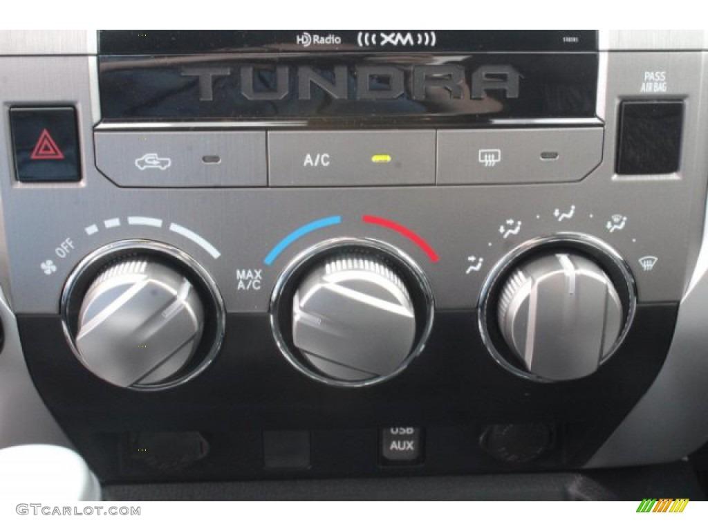 2019 Tundra SR5 CrewMax 4x4 - Super White / Graphite photo #13