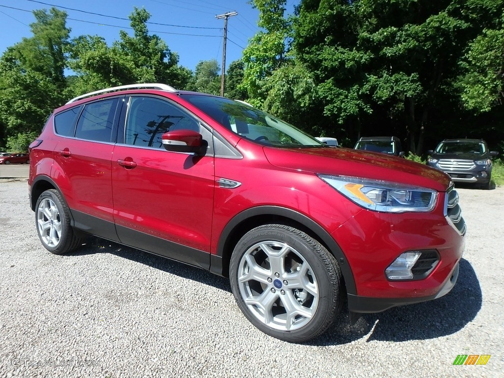 2019 Escape Titanium 4WD - Ruby Red / Chromite Gray/Charcoal Black photo #9
