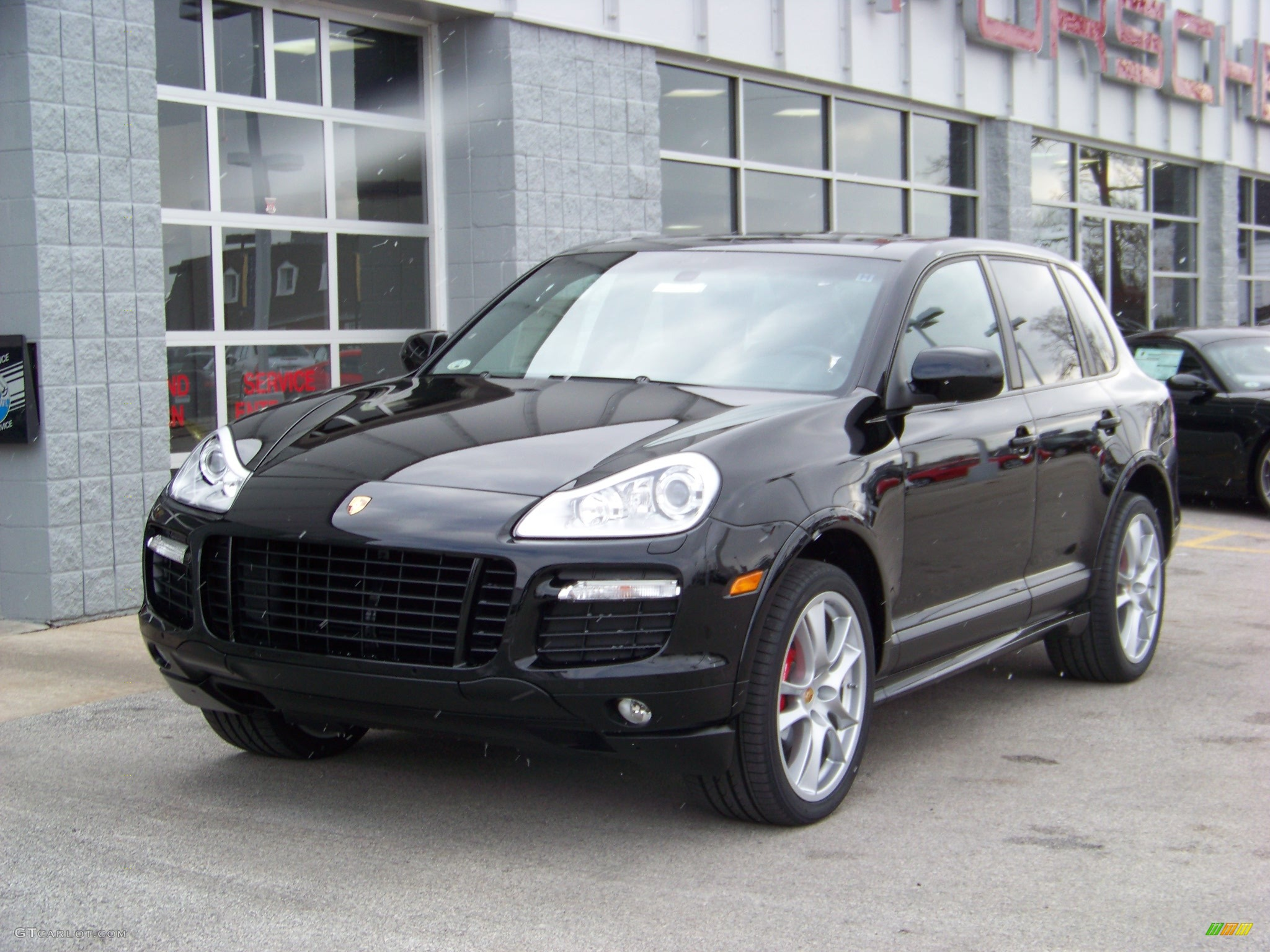 2008 black porsche cayenne gts 133539. Black Bedroom Furniture Sets. Home Design Ideas