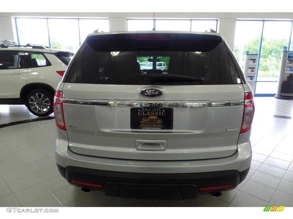 2013 Explorer XLT 4WD - Ingot Silver Metallic / Charcoal Black photo #14