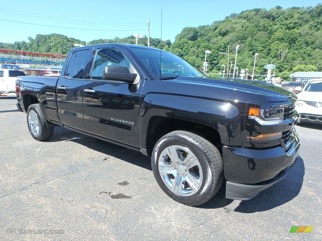 2017 Silverado 1500 Custom Double Cab 4x4 - Black / Dark Ash/Jet Black photo #10