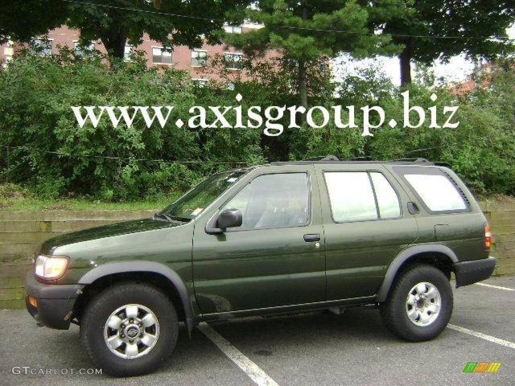 1997 dark green pearl nissan pathfinder se 4x4 13372034. Black Bedroom Furniture Sets. Home Design Ideas