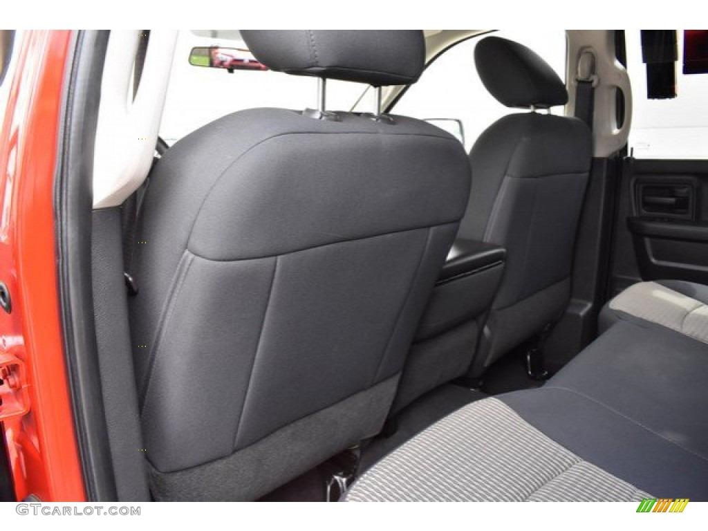 2012 Ram 1500 Express Quad Cab 4x4 - Flame Red / Dark Slate Gray/Medium Graystone photo #19