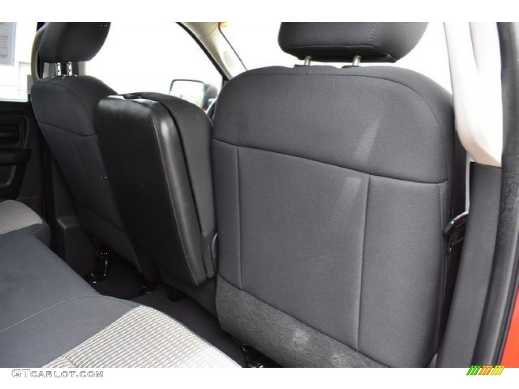 2012 Ram 1500 Express Quad Cab 4x4 - Flame Red / Dark Slate Gray/Medium Graystone photo #20