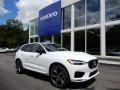 Crystal White Metallic 2020 Volvo XC60 T6 AWD