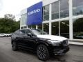 Onyx Black Metallic 2020 Volvo XC90 T6 AWD Momentum