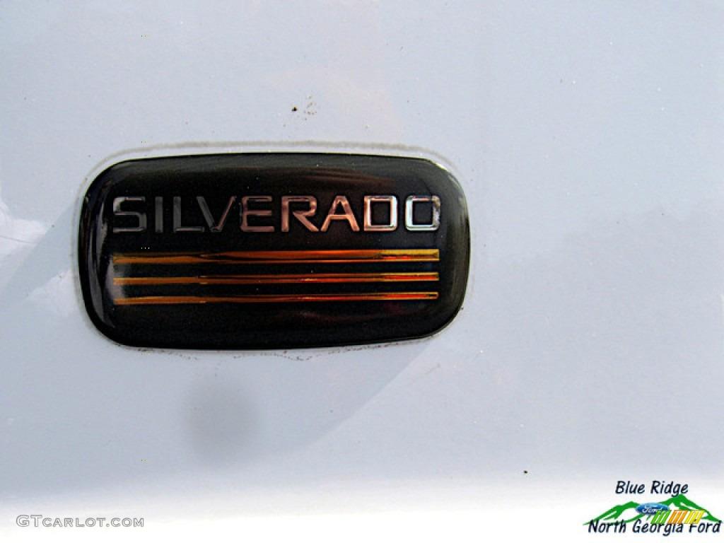 2005 Silverado 1500 Regular Cab - Summit White / Dark Charcoal photo #24