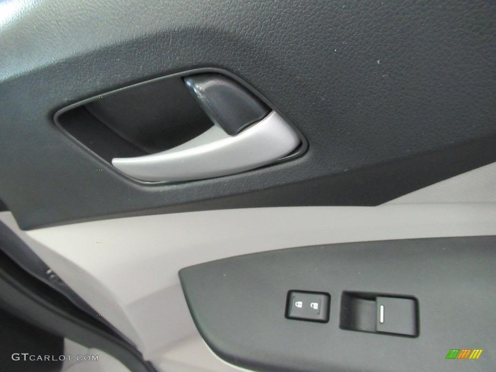 2013 CR-V LX AWD - Polished Metal Metallic / Gray photo #19