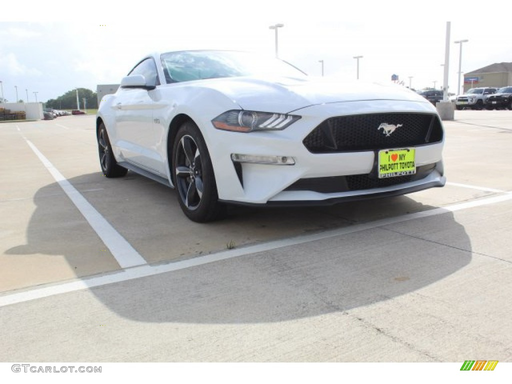 2018 Mustang GT Fastback - Oxford White / Ebony photo #2