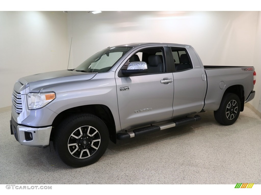 2016 Tundra Limited CrewMax 4x4 - Silver Sky Metallic / Graphite photo #3