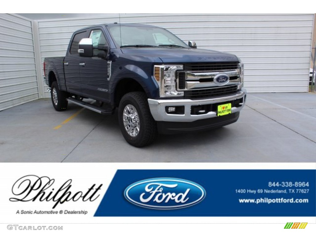 2019 F250 Super Duty XLT Crew Cab 4x4 - Blue Jeans / Earth Gray photo #1