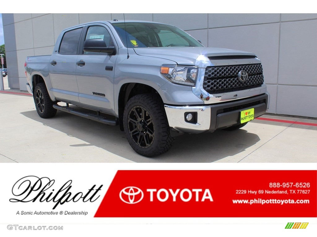 2019 Tundra SR5 CrewMax 4x4 - Cement / Graphite photo #1