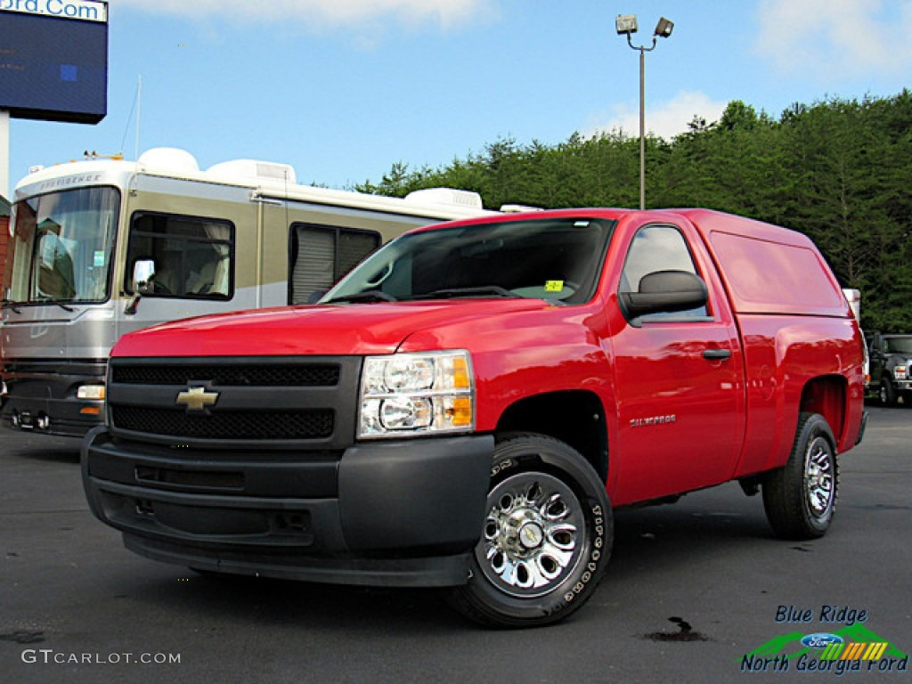 2011 Silverado 1500 Regular Cab - Victory Red / Dark Titanium photo #1