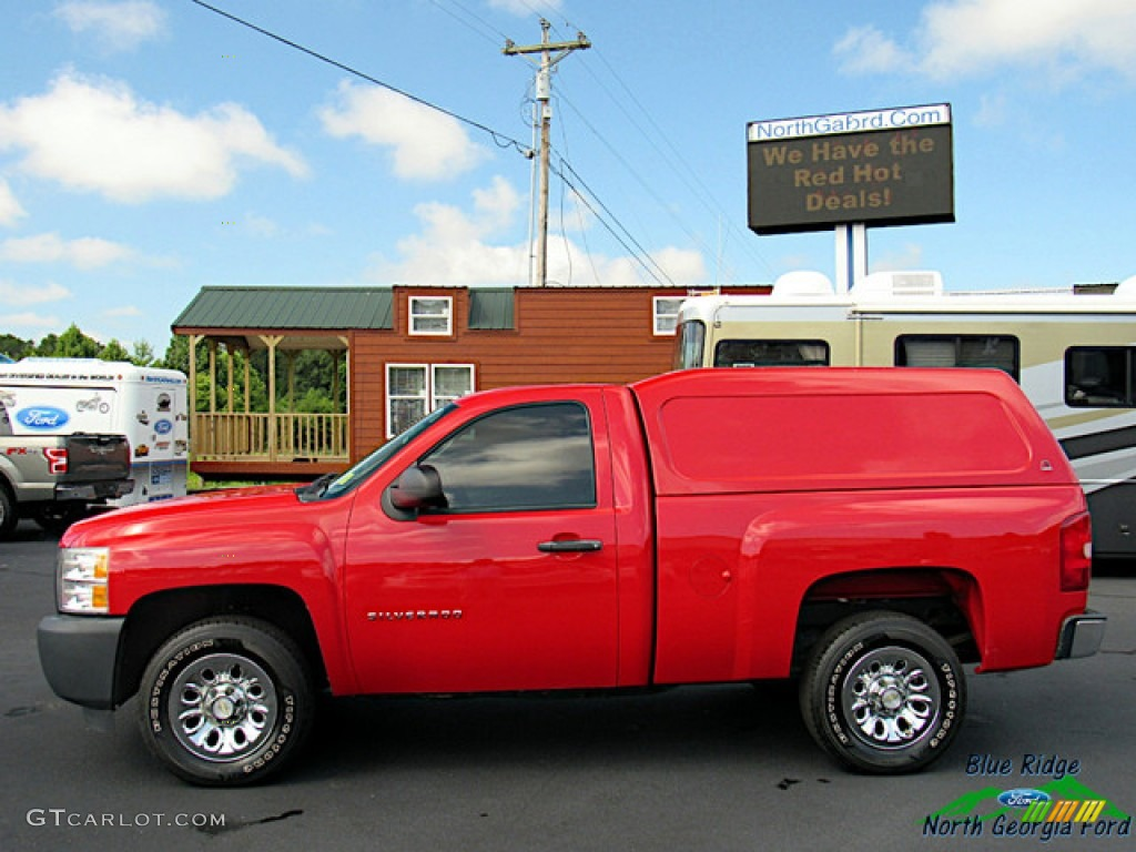 2011 Silverado 1500 Regular Cab - Victory Red / Dark Titanium photo #2