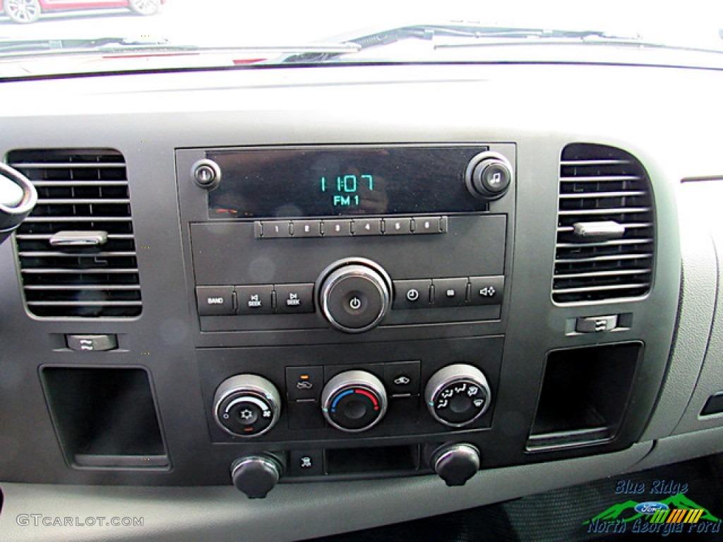 2011 Silverado 1500 Regular Cab - Victory Red / Dark Titanium photo #14