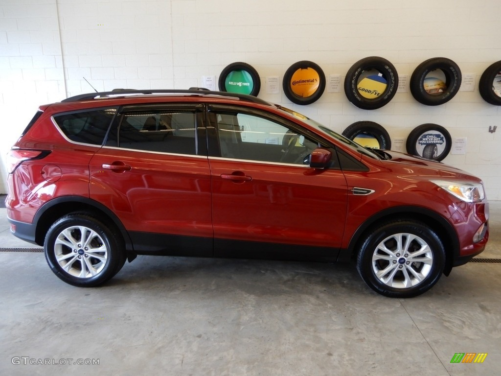 2018 Escape SE 4WD - Ruby Red / Charcoal Black photo #3