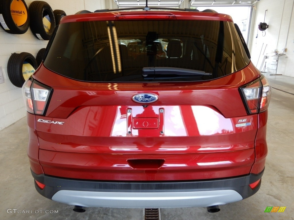 2018 Escape SE 4WD - Ruby Red / Charcoal Black photo #6