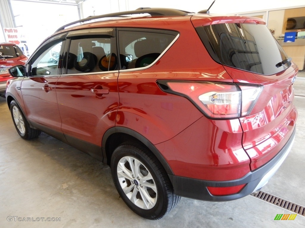 2018 Escape SE 4WD - Ruby Red / Charcoal Black photo #9