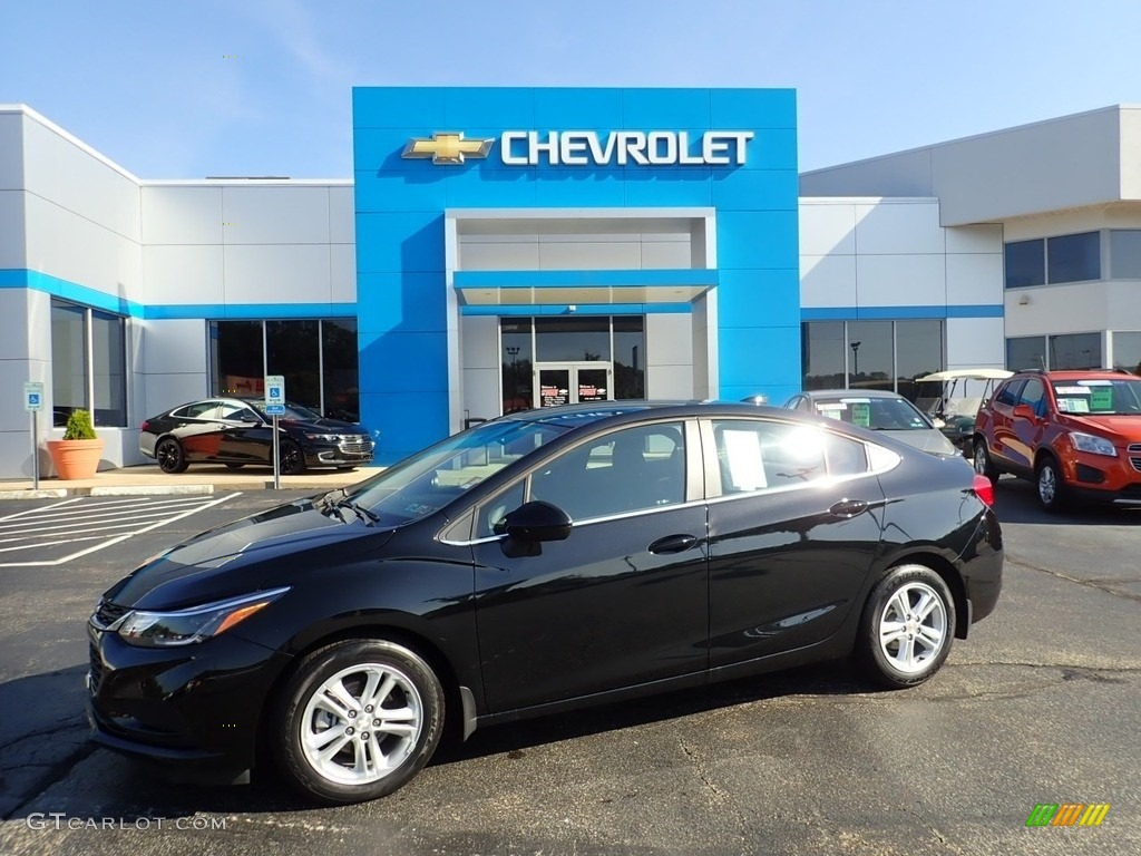 2018 Mosaic Black Metallic Chevrolet Cruze LT #135032645 ...