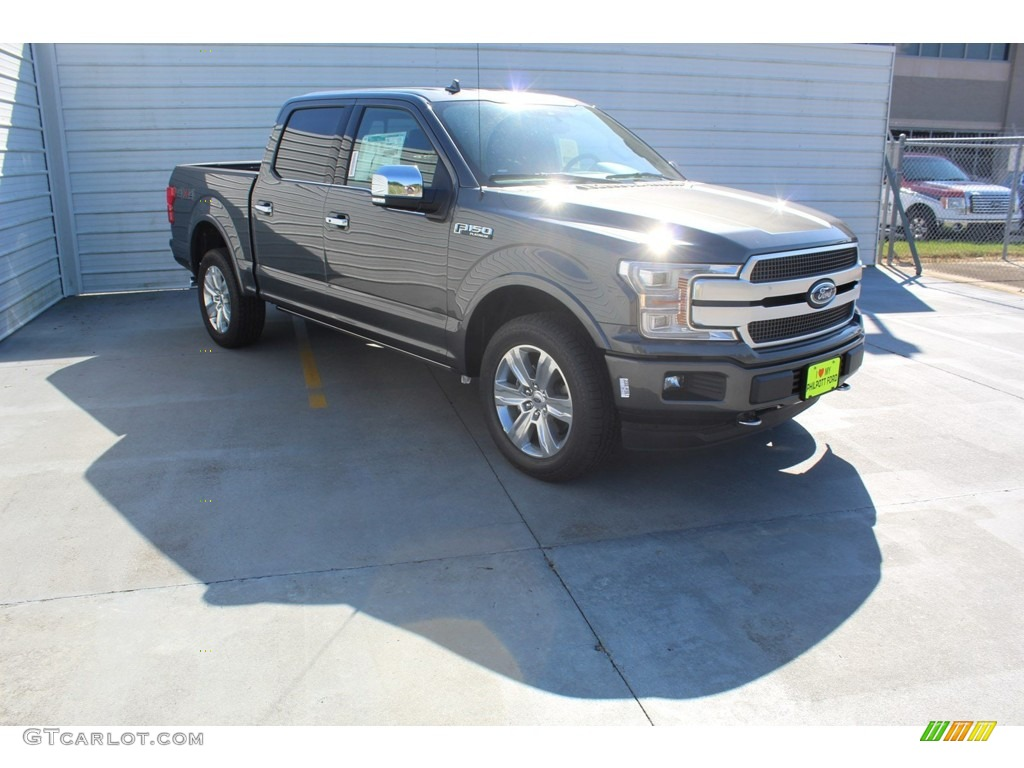 2019 F150 Platinum SuperCrew 4x4 - Magnetic / Black photo #2