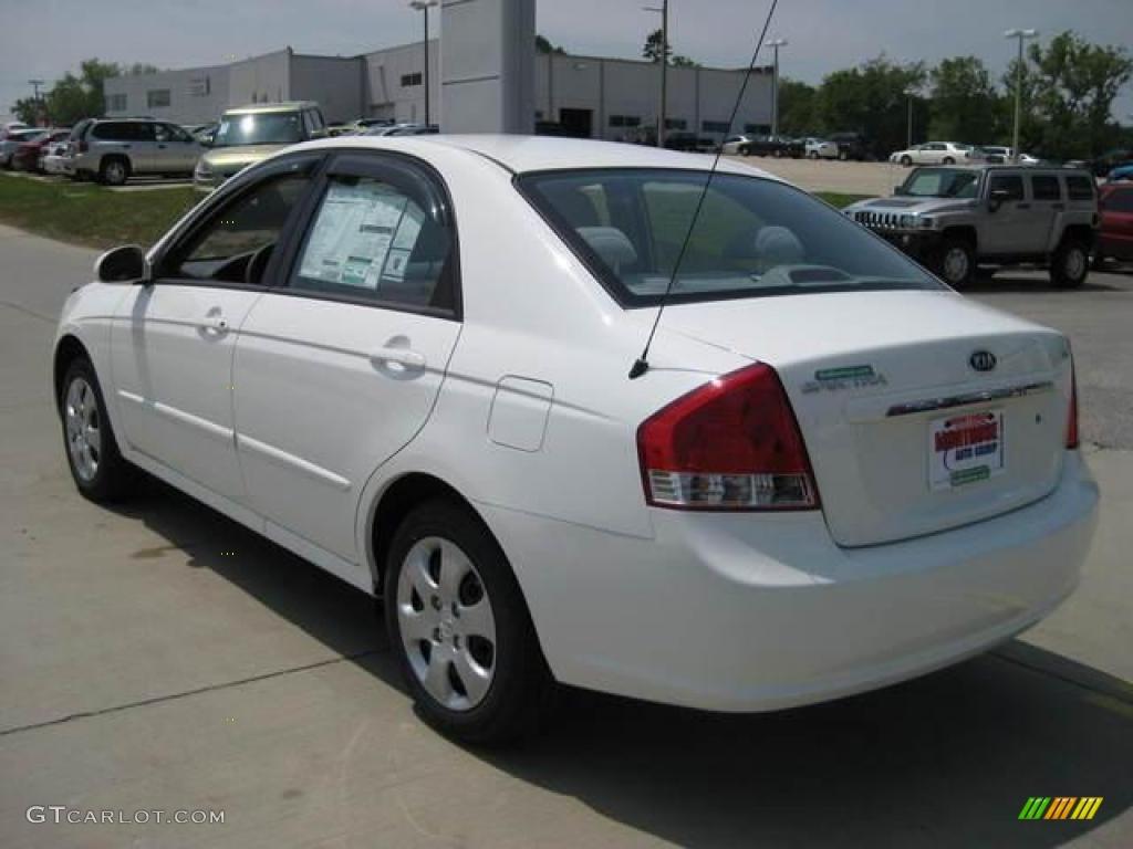 Superior 2009 Spectra EX Sedan   Clear White / Gray Photo #2