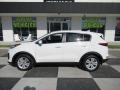 Clear White 2017 Kia Sportage Gallery