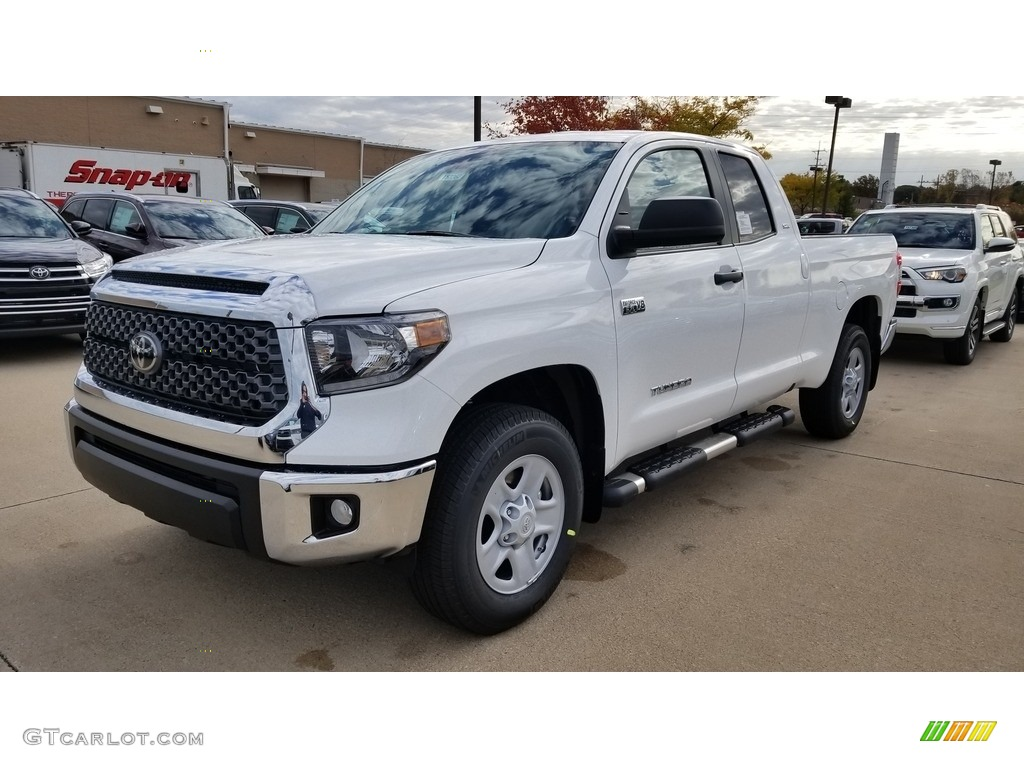 2020 Tundra SR5 Double Cab 4x4 - Super White / Graphite photo #1