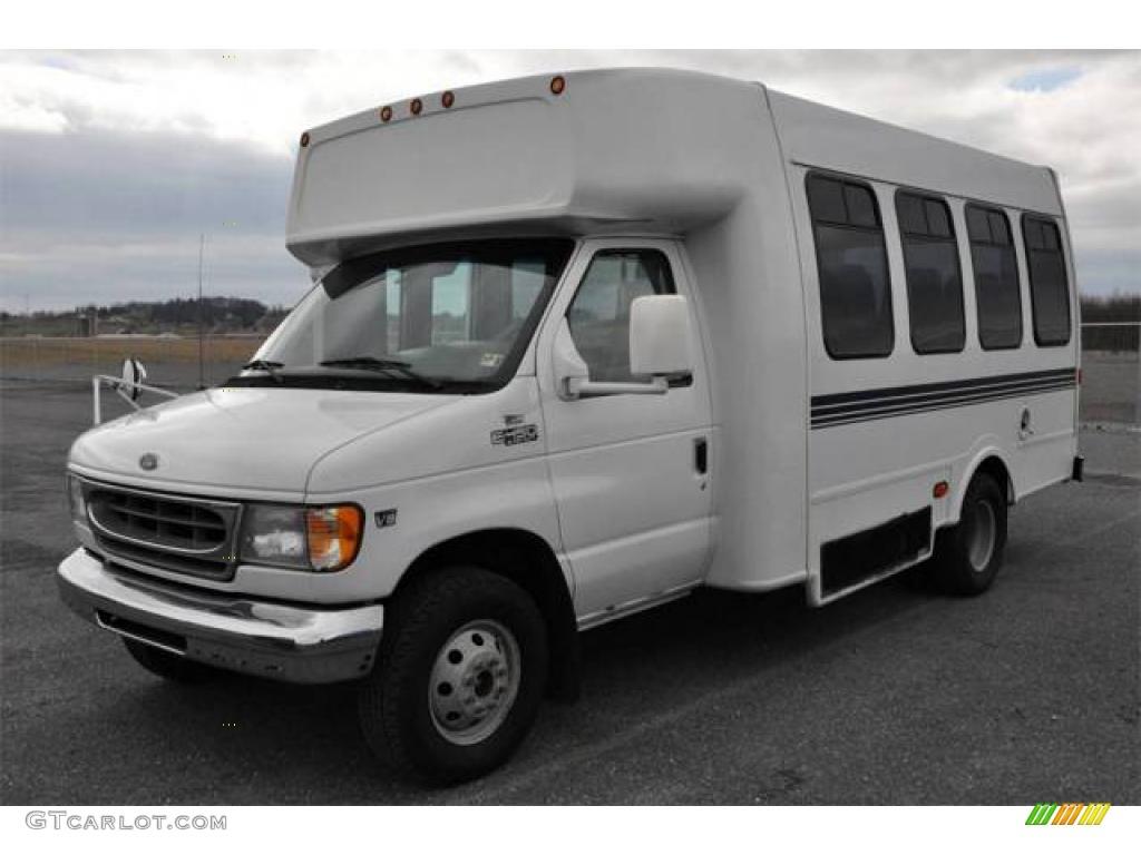 Ford Transit Cutaway >> 2000 Oxford White Ford E Series Cutaway E450 Transit Bus #13529124 | GTCarLot.com - Car Color ...