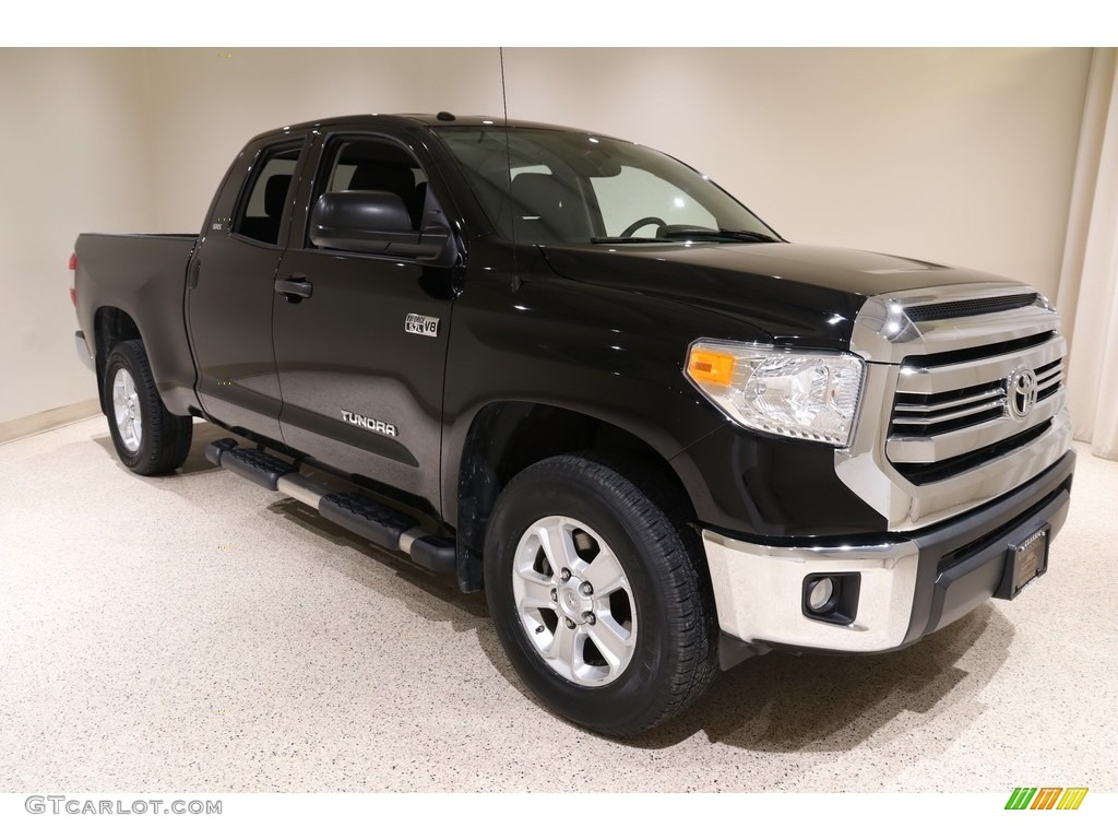 2017 Tundra SR5 Double Cab 4x4 - Black / Black photo #1