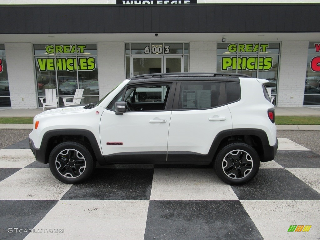 2017 Renegade Trailhawk 4x4 - Alpine White / Black photo #1