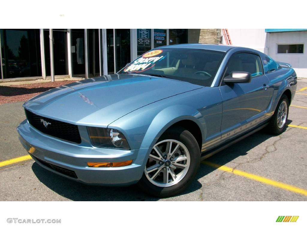 2005 windveil blue metallic ford mustang v6 deluxe coupe 13596471 car color. Black Bedroom Furniture Sets. Home Design Ideas