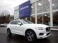 Crystal White Metallic 2020 Volvo XC60 T6 AWD Momentum