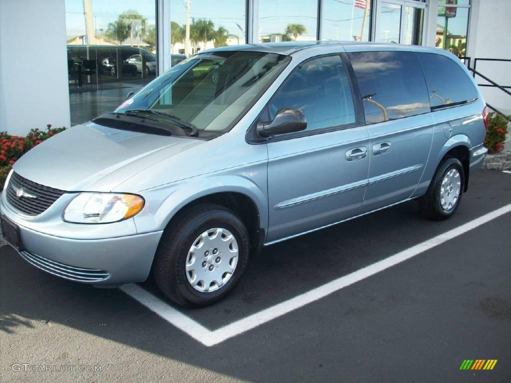 2003 butane blue pearl chrysler town country lx 1368588. Black Bedroom Furniture Sets. Home Design Ideas