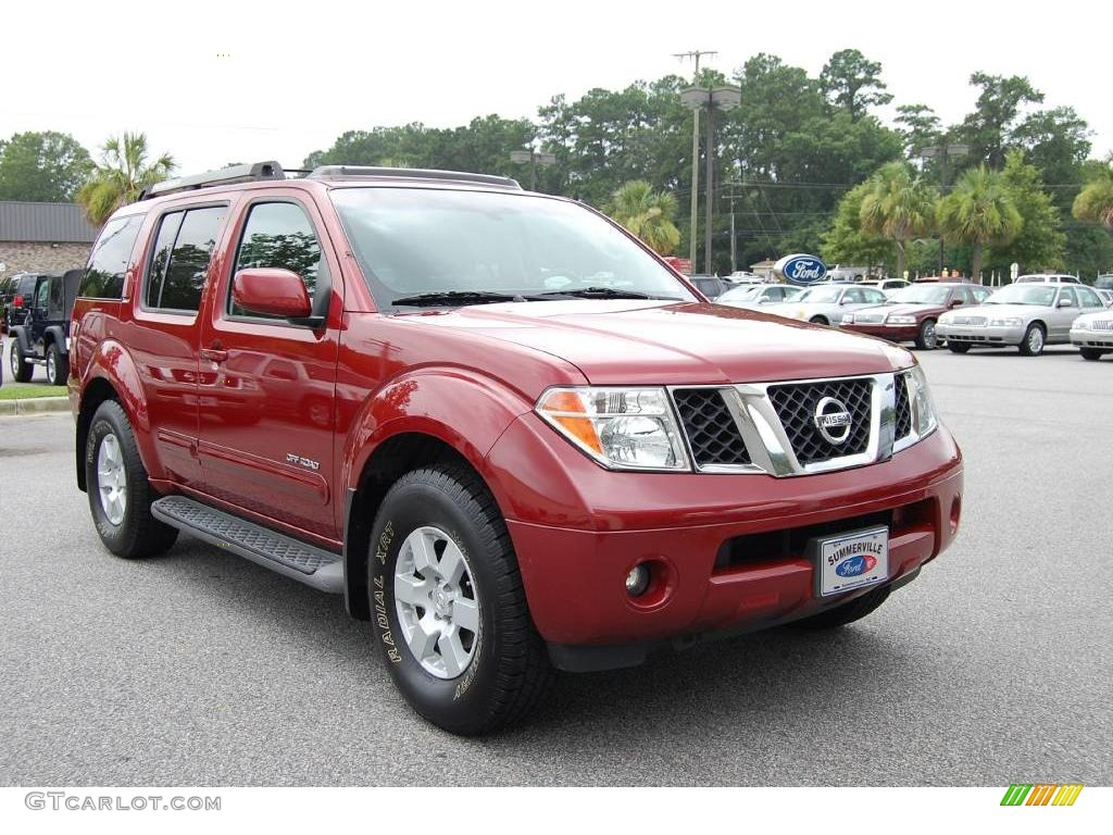 2005 Red Brawn Pearl Nissan Pathfinder Se Off Road