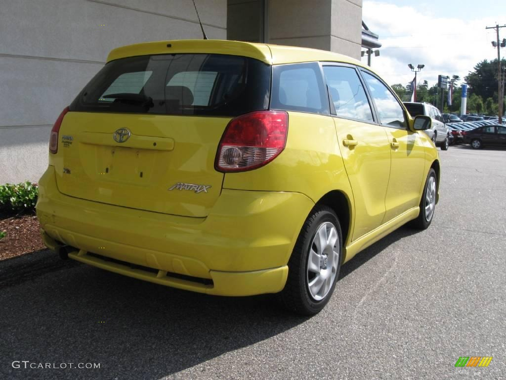 2004 solar yellow toyota matrix xr 13827366 photo 3 car color galleries. Black Bedroom Furniture Sets. Home Design Ideas