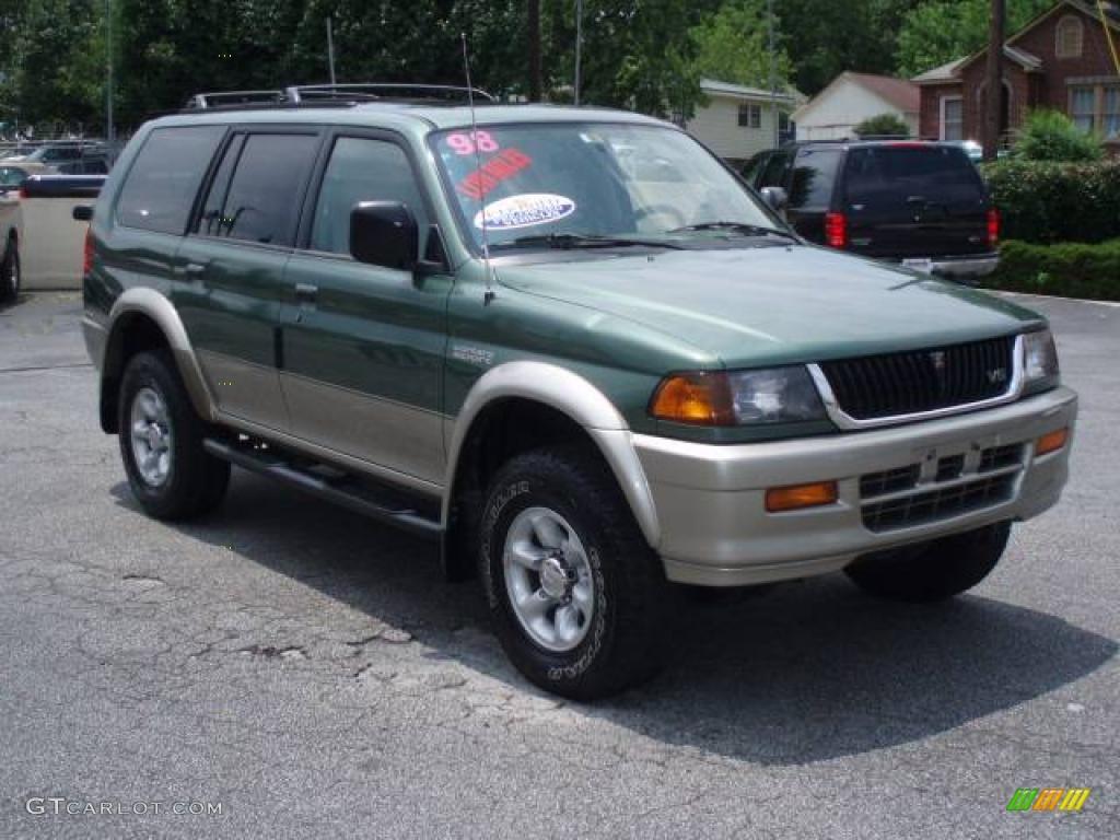 1998 Mitsubishi Montero submited images.