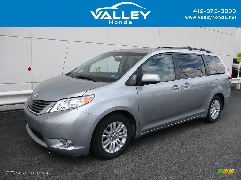 2013 Sienna XLE - Silver Sky Metallic / Light Gray photo #1