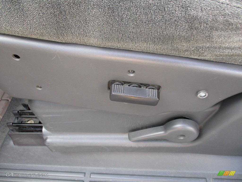 2003 Silverado 1500 LS Extended Cab - Dark Green Metallic / Medium Gray photo #8