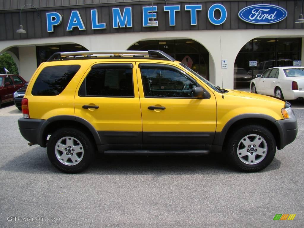 2003 Ford Escape XLT V6 4WD Chrome Yellow Metallic Color / Ebony
