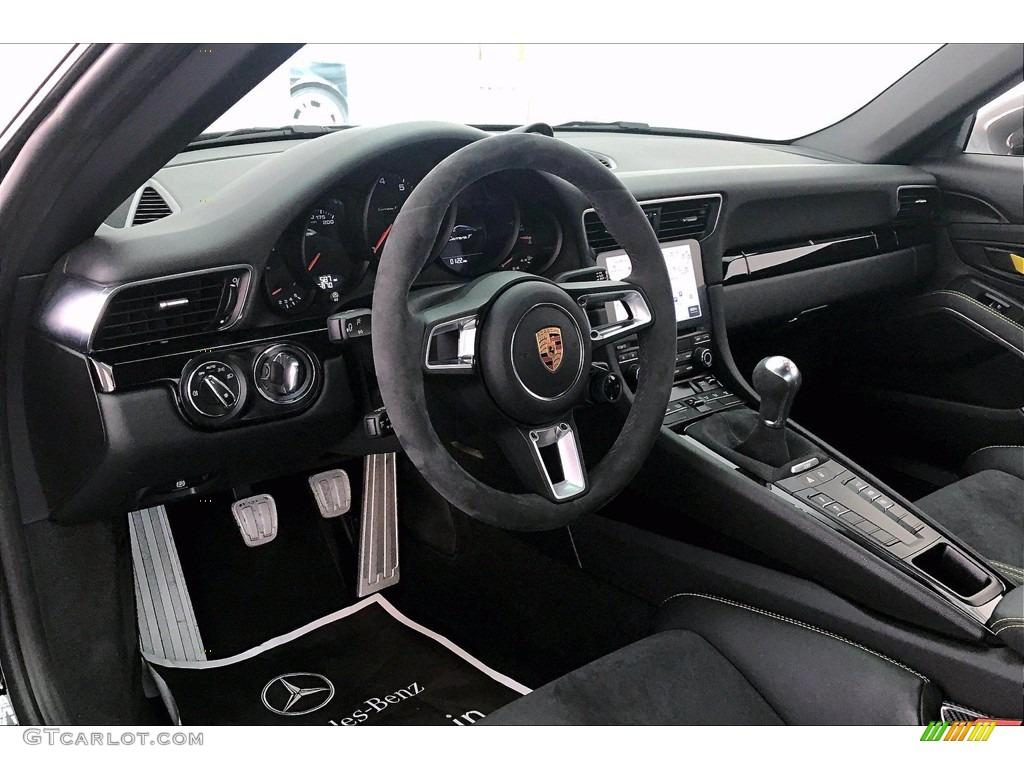 2018 Porsche 911 Carrera T Coupe Black w/Alcantara Dashboard Photo #139867999