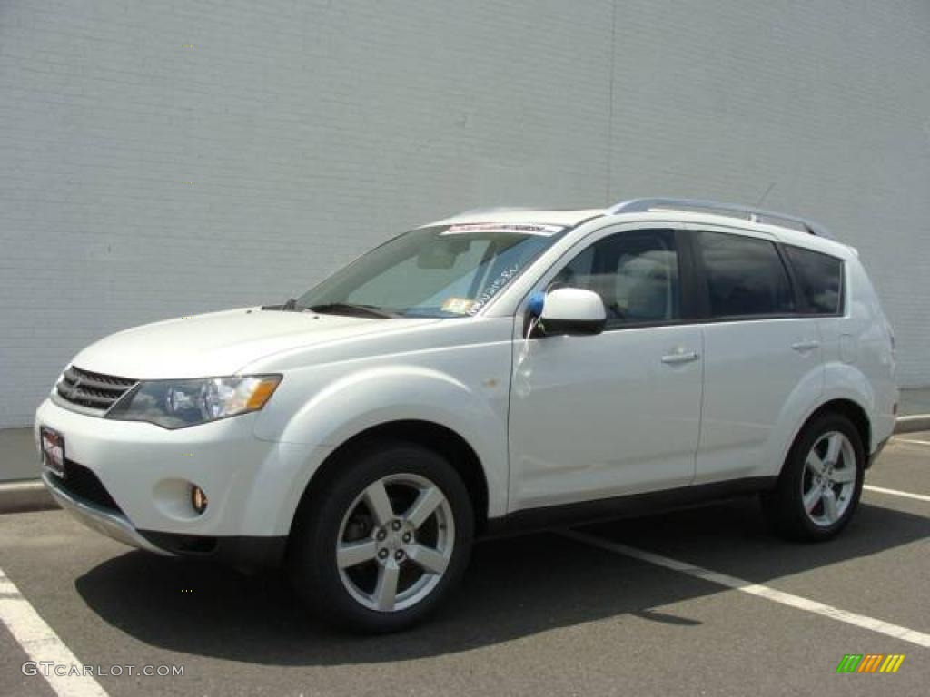 2007 diamond white pearl mitsubishi outlander xls 4wd. Black Bedroom Furniture Sets. Home Design Ideas