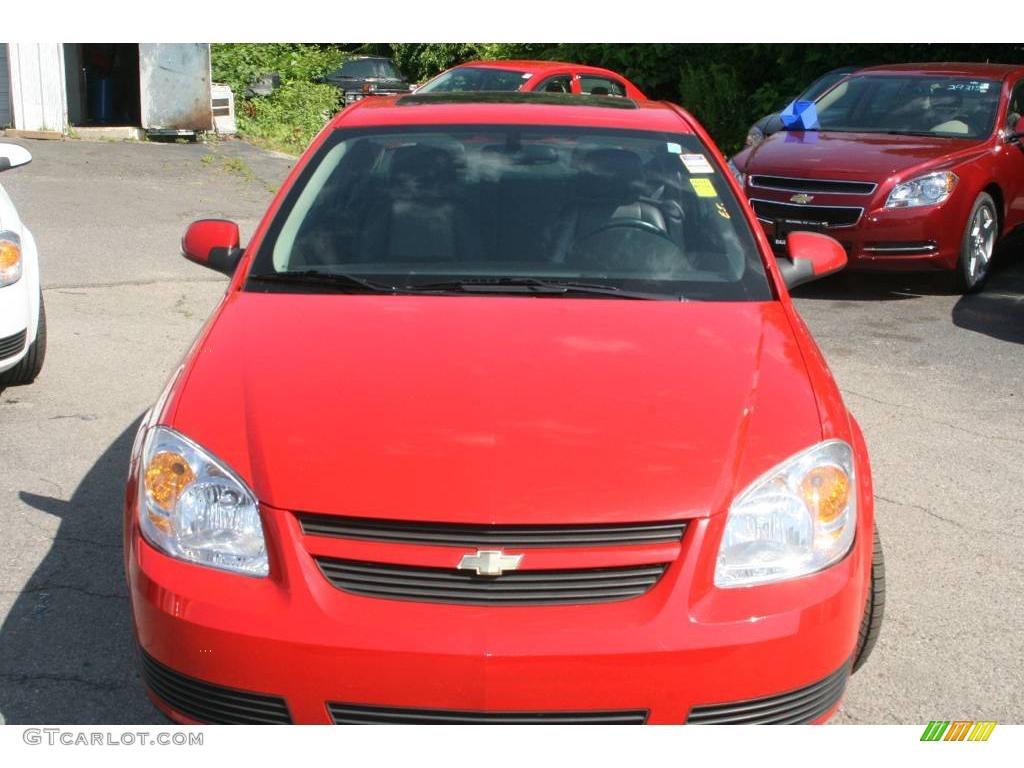 2007 Cobalt LT Sedan - Victory Red / Ebony photo #2
