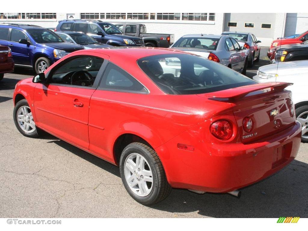 2007 Cobalt LT Sedan - Victory Red / Ebony photo #7