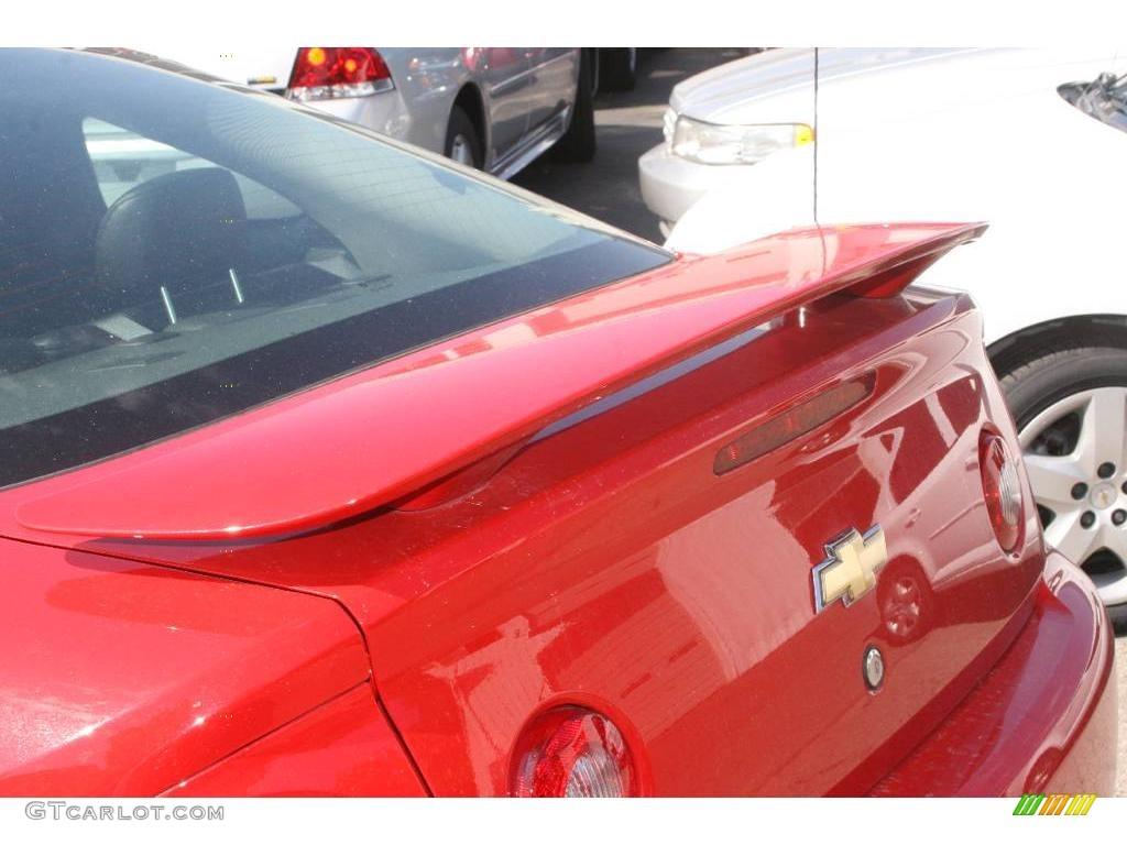 2007 Cobalt LT Sedan - Victory Red / Ebony photo #9