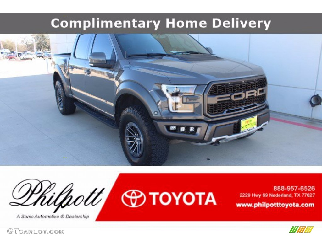 2020 F150 SVT Raptor SuperCrew 4x4 - Lead Foot / Black photo #1