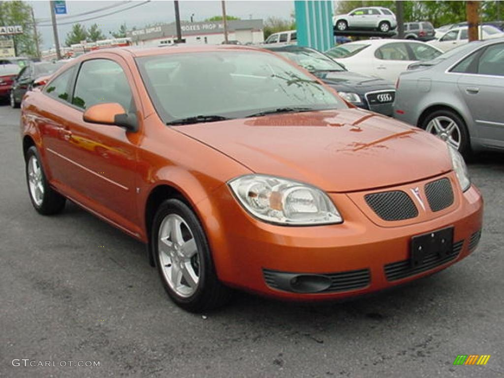 2007 Pontiac G5 GT - Short Take Road Test - Car Reviews - Car and ...