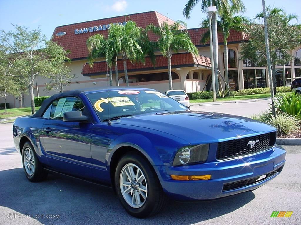 Vista blue metallic ford mustang
