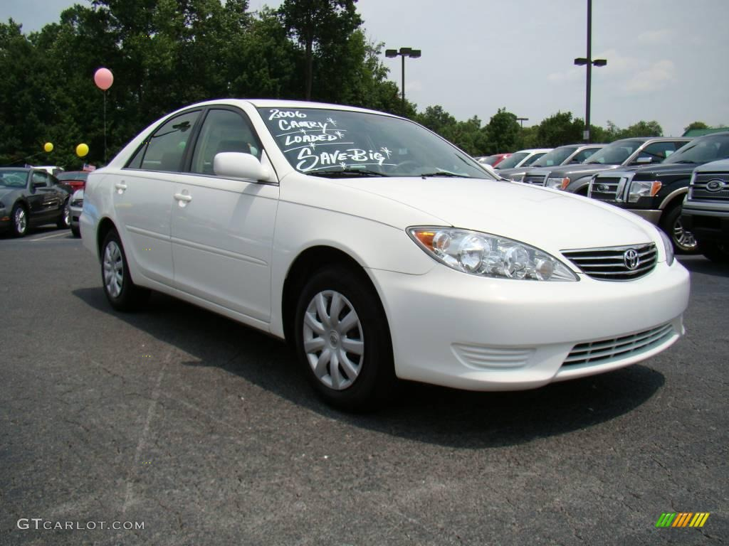 toyota camry 2006 white super white 2006 toyota camry xle v6 stone gray interior 2006 camry. Black Bedroom Furniture Sets. Home Design Ideas