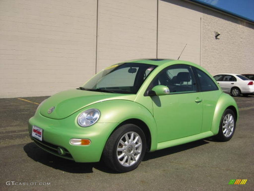 2005 Cyber Green Metallic Volkswagen New Beetle GLS TDI Coupe #14300565 | GTCarLot.com - Car ...