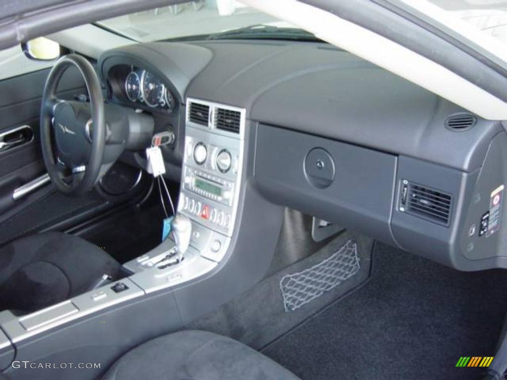 Dark slate grey interior 2005 chrysler crossfire srt 6 for Dark grey interior